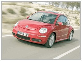 Авто продаю Volkswagen New Beetle 1.8 4AT